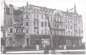 Ook het beroemde Hotel Moskou werd geraakt